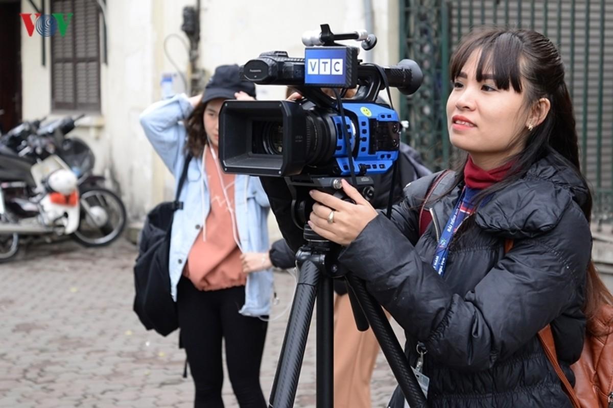 Phong vien quoc te vay kin khach san Melia chuan bi don ong Kim Jong-un-Hinh-17