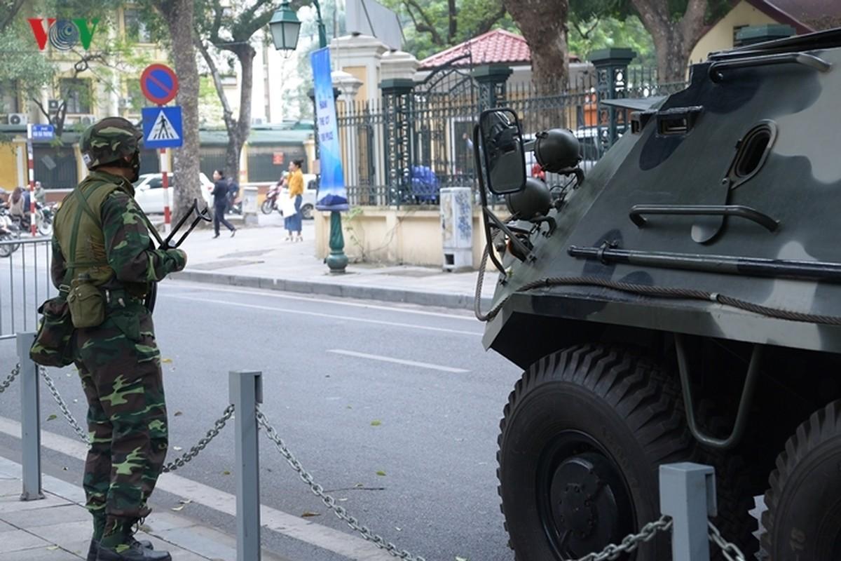 Can canh xe thiet giap BTR-60PB Viet Nam bao ve Thuong dinh My-Trieu-Hinh-19