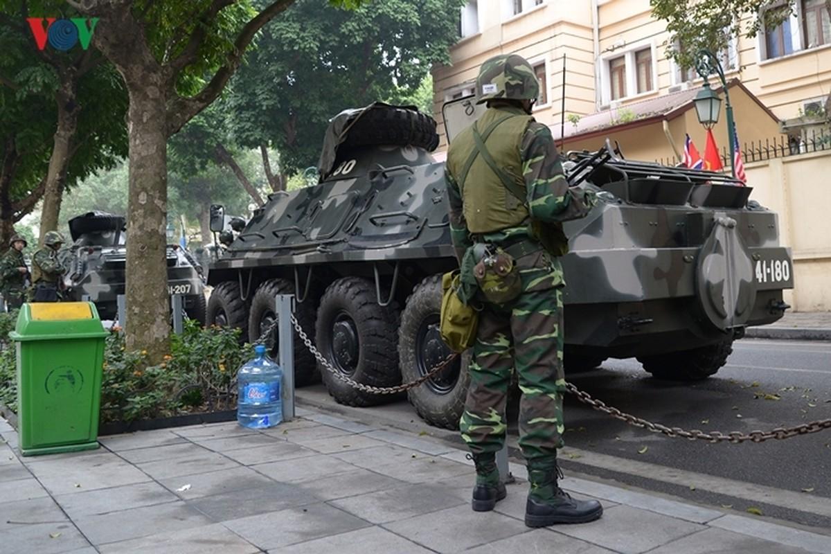 Can canh xe thiet giap BTR-60PB Viet Nam bao ve Thuong dinh My-Trieu-Hinh-7