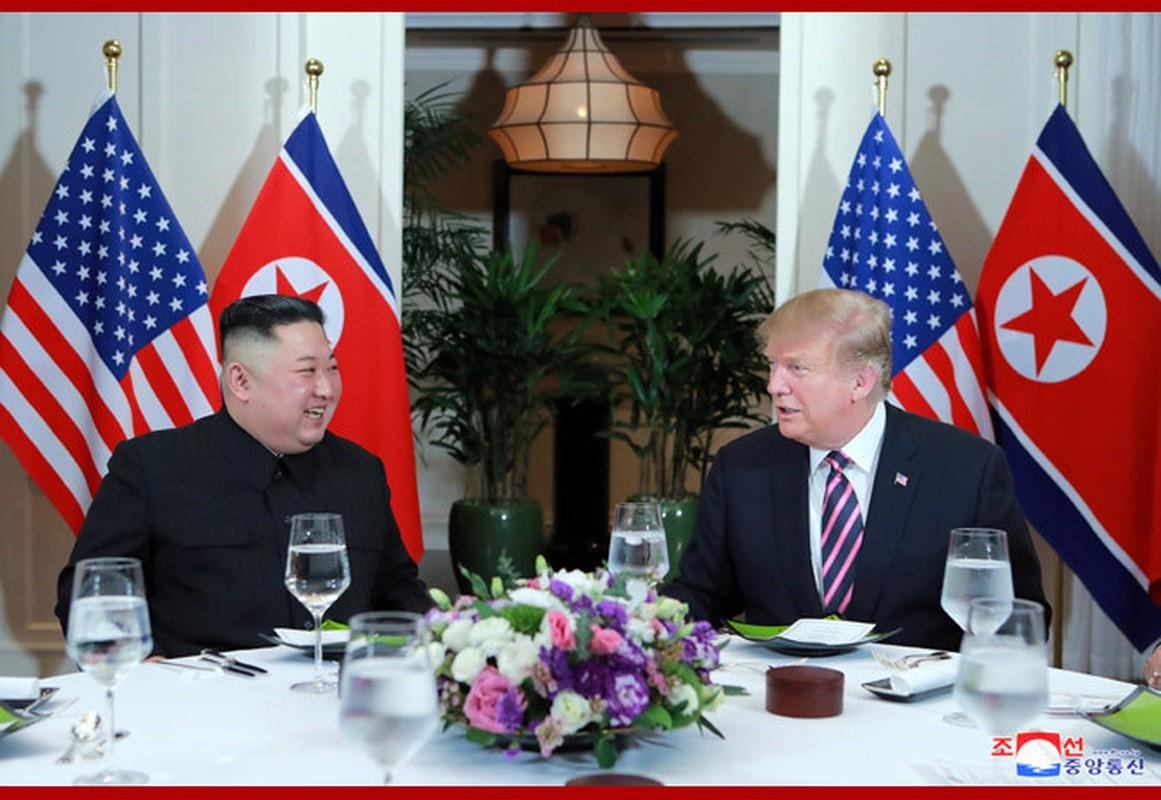 Bo anh doc dao tu phia Trieu Tien ve buoi an toi cua Trump - Kim-Hinh-6