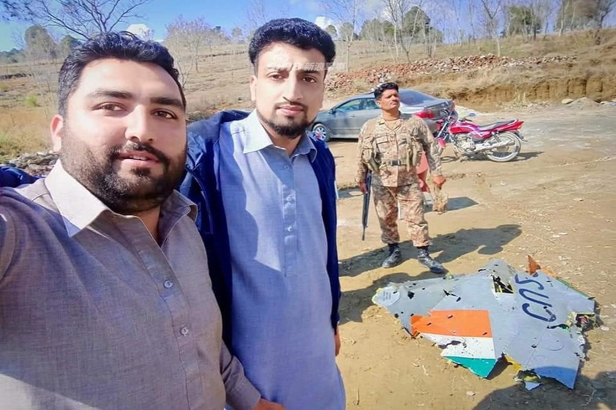 Lo danh tinh tiem kich An Do bi Pakistan ban roi-Hinh-2