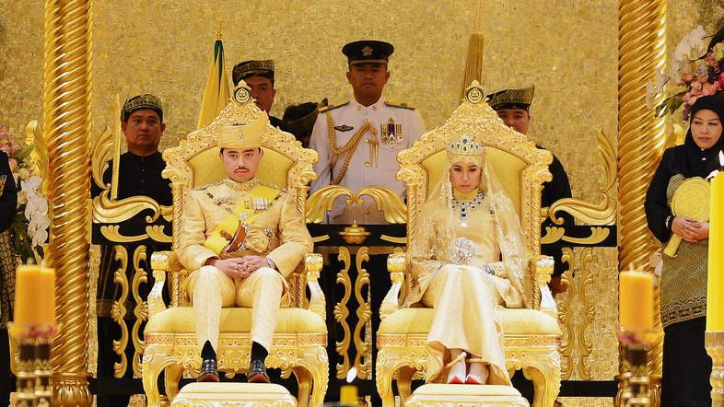 Cuoc song xa hoa dat vang cua quoc vuong Brunei thu nhap 100 USD/giay-Hinh-2
