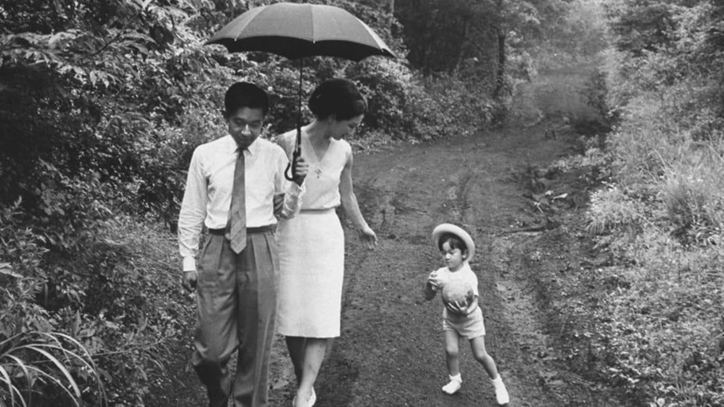Chuyen tinh the ky cua Nhat hoang Akihito va Hoang hau Michiko-Hinh-13