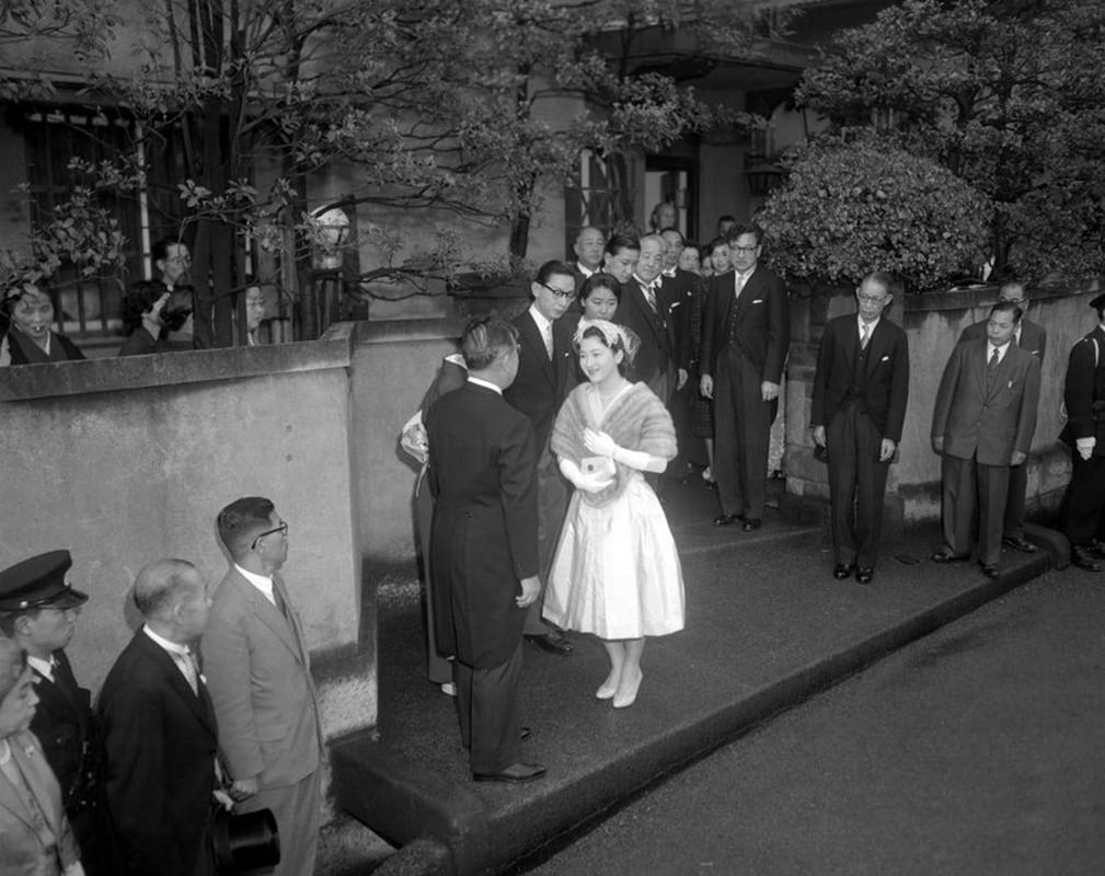Chuyen tinh the ky cua Nhat hoang Akihito va Hoang hau Michiko-Hinh-3