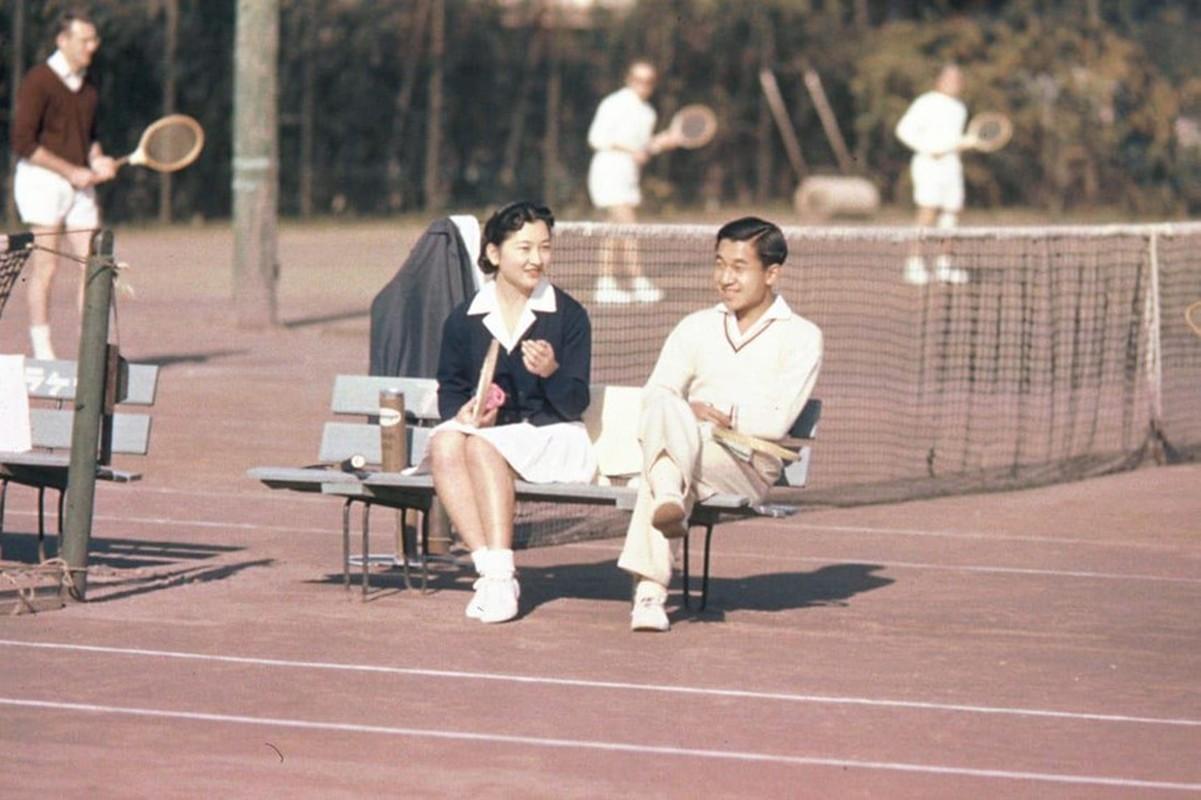 Chuyen tinh the ky cua Nhat hoang Akihito va Hoang hau Michiko