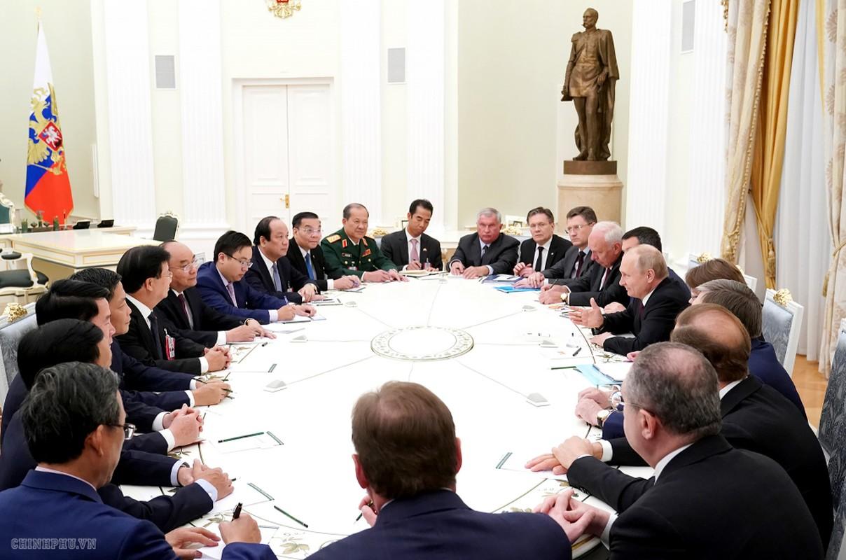 Thu tuong Nguyen Xuan Phuc hoi kien Tong thong Nga Vladimir Putin-Hinh-11
