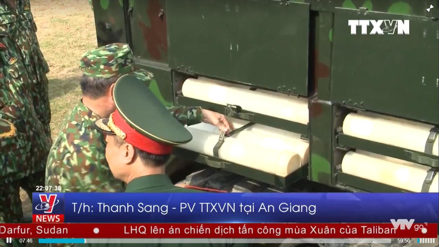 """Phao D-44 Viet Nam """"hoa rong"""" bang cach khong ngo-Hinh-12"""