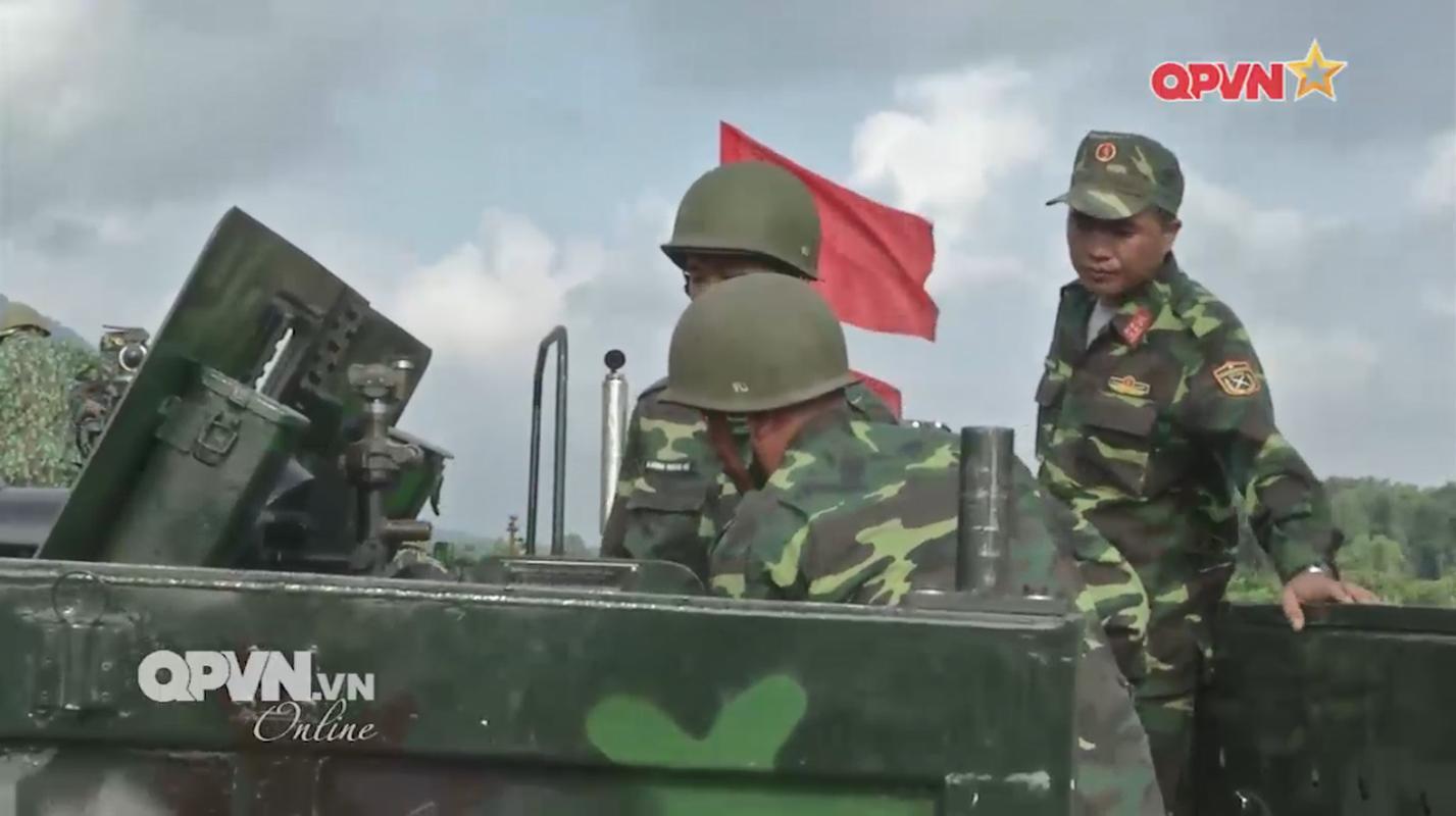 """Phao D-44 Viet Nam """"hoa rong"""" bang cach khong ngo-Hinh-3"""
