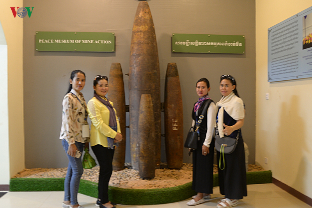 O nhiem bom min: Vet thuong kho co the lanh o Campuchia-Hinh-12