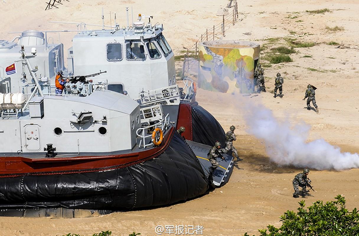 Bi an Trung Quoc che tao them tau do bo Type 726A-Hinh-6