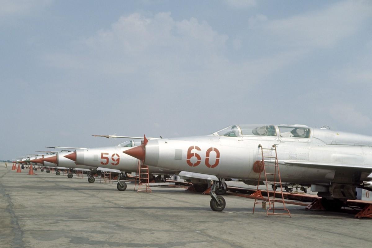 Cong ty My rao ban cong khai 20 tiem kich danh chan MiG-21-Hinh-12
