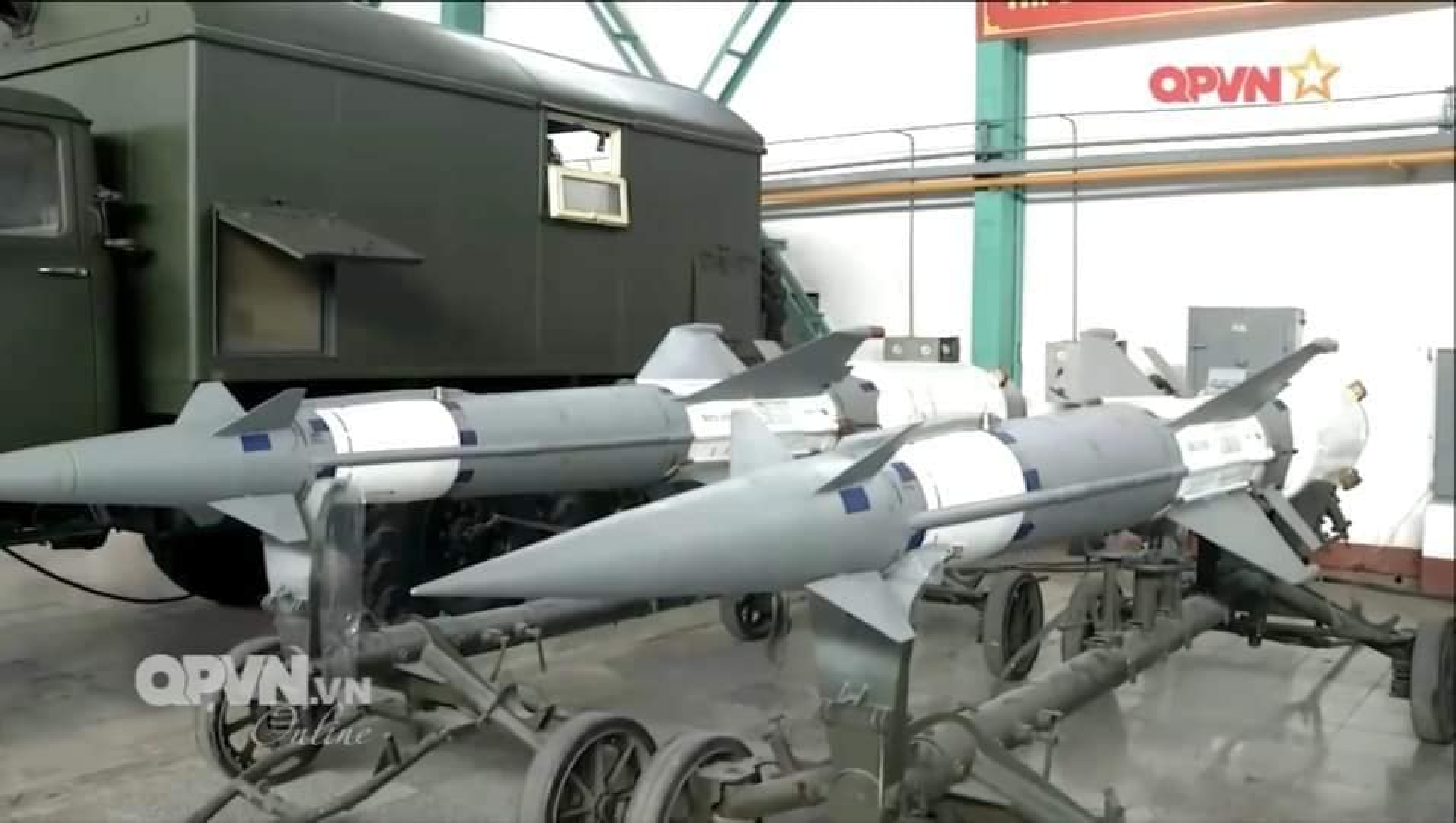 Hinh anh kho vu khi hang dau Viet Nam voi ten lua Scud va S-300-Hinh-6