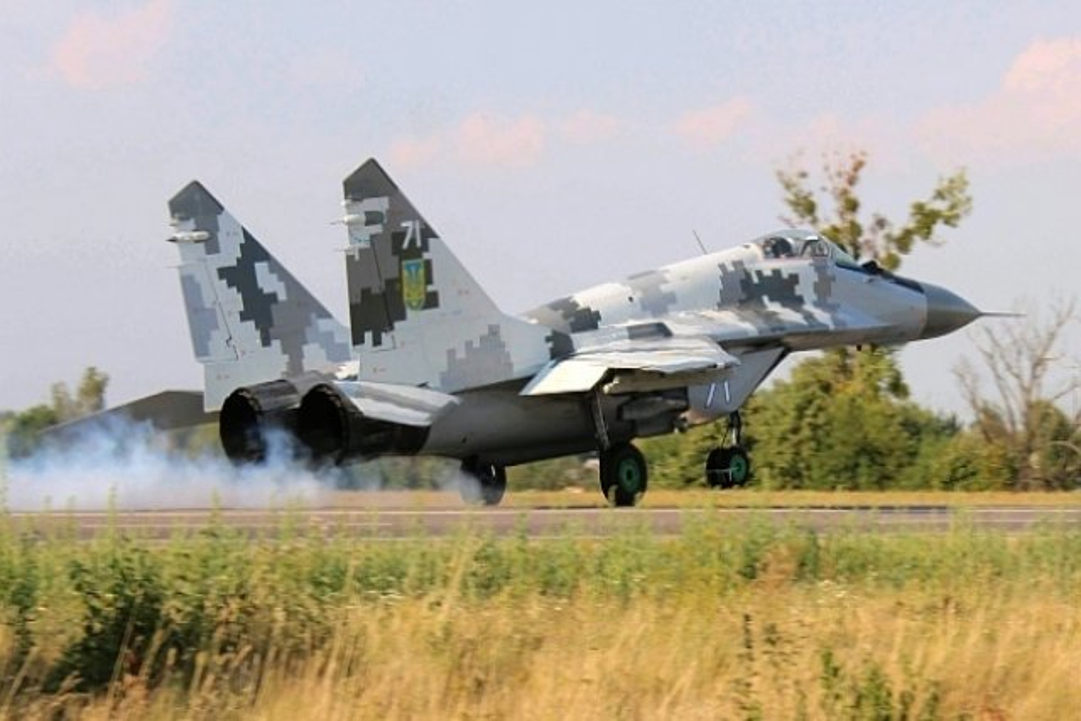 Lanh thau xuong khien tiem kich MiG-29 cua Ukraine bi bang phu kin-Hinh-7