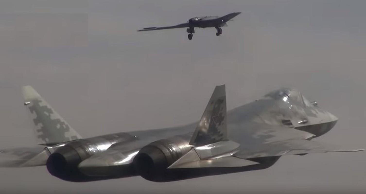 May bay khong nguoi lai cua Ukraine co thang duoc UAV cua Nga?-Hinh-6