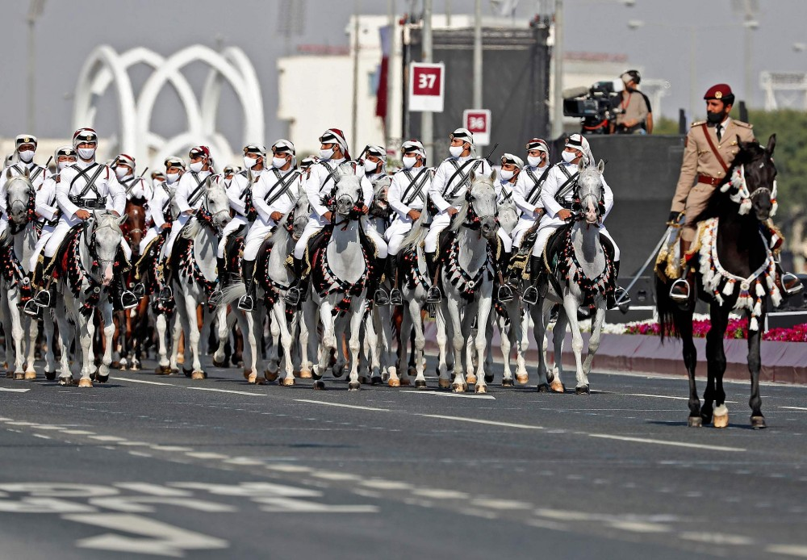 Den hen lai len: Quan doi Qatar duyet binh voi ky binh va lac da-Hinh-10