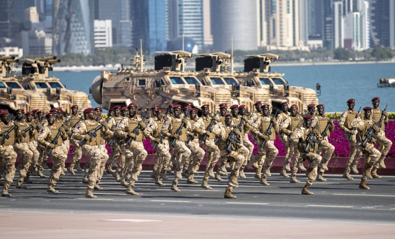 Den hen lai len: Quan doi Qatar duyet binh voi ky binh va lac da-Hinh-4