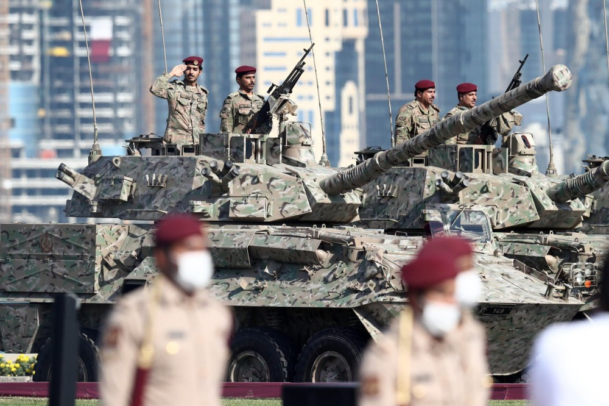 Den hen lai len: Quan doi Qatar duyet binh voi ky binh va lac da-Hinh-7