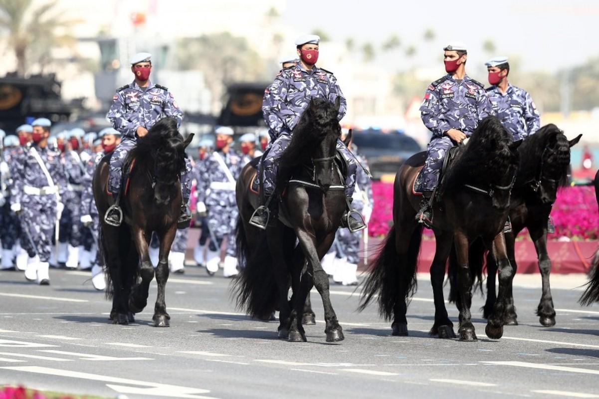 Den hen lai len: Quan doi Qatar duyet binh voi ky binh va lac da-Hinh-8