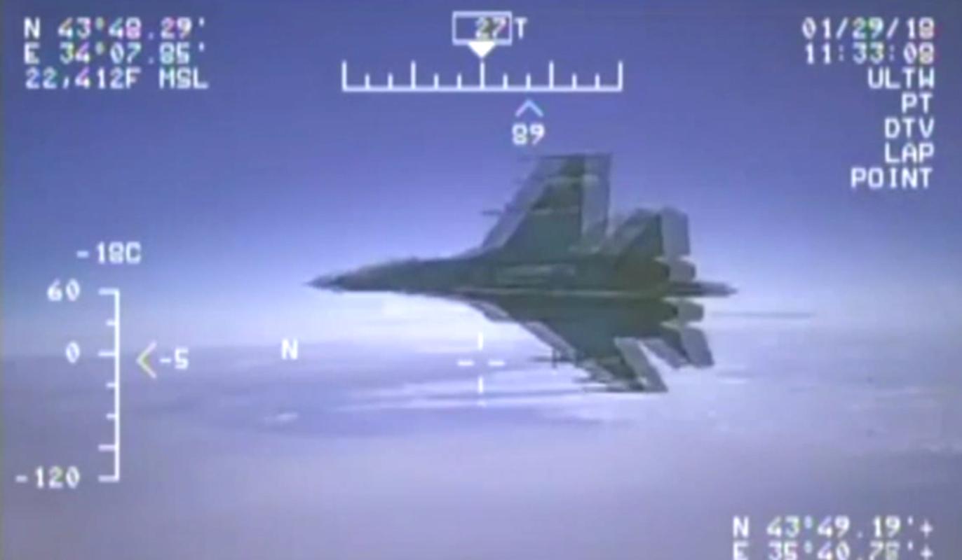 My tuyen bo se dung vu luc dap tra Nga khi bi de doa-Hinh-2