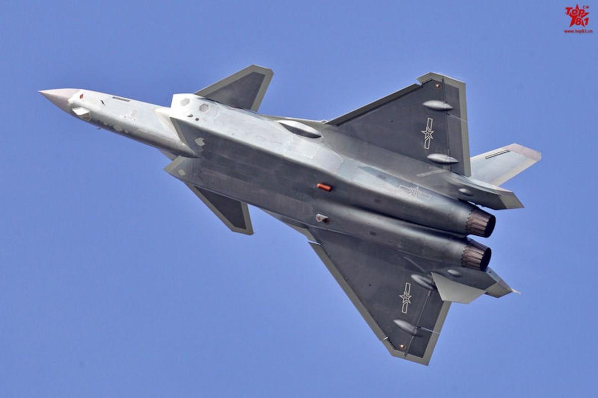 J-20 cua Trung Quoc can cai bien gi de hoat dong tren tau san bay?-Hinh-5