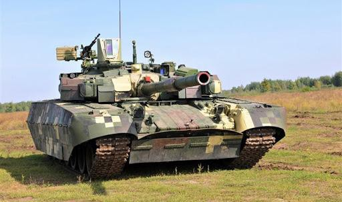 Ukraine tuyen bo nang cap T-64 len manh ngang... T-90 cua Nga-Hinh-11