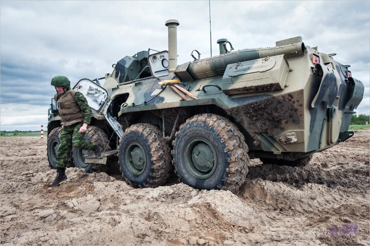 Khoanh khac xe thiet giap BTR-82 cua Nga no tung o Syria-Hinh-11