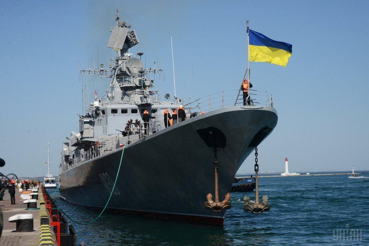 Chuyen gia Ukraine muon cho no cau Kerch, bien Crimea thanh Tran Chau Cang-Hinh-11