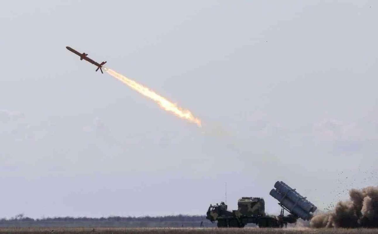 Chuyen gia Ukraine muon cho no cau Kerch, bien Crimea thanh Tran Chau Cang-Hinh-8