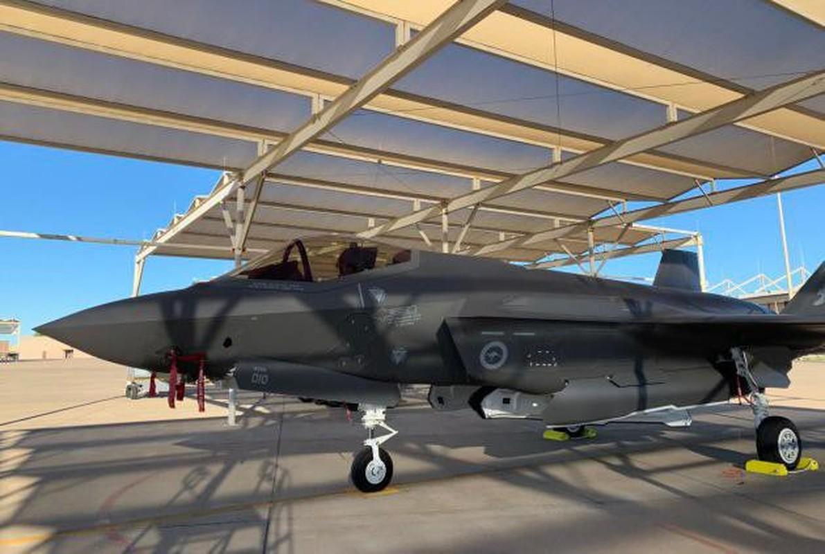 Bat ngo voi quoc gia vua bien che cung luc 30 tiem kich F-35-Hinh-12