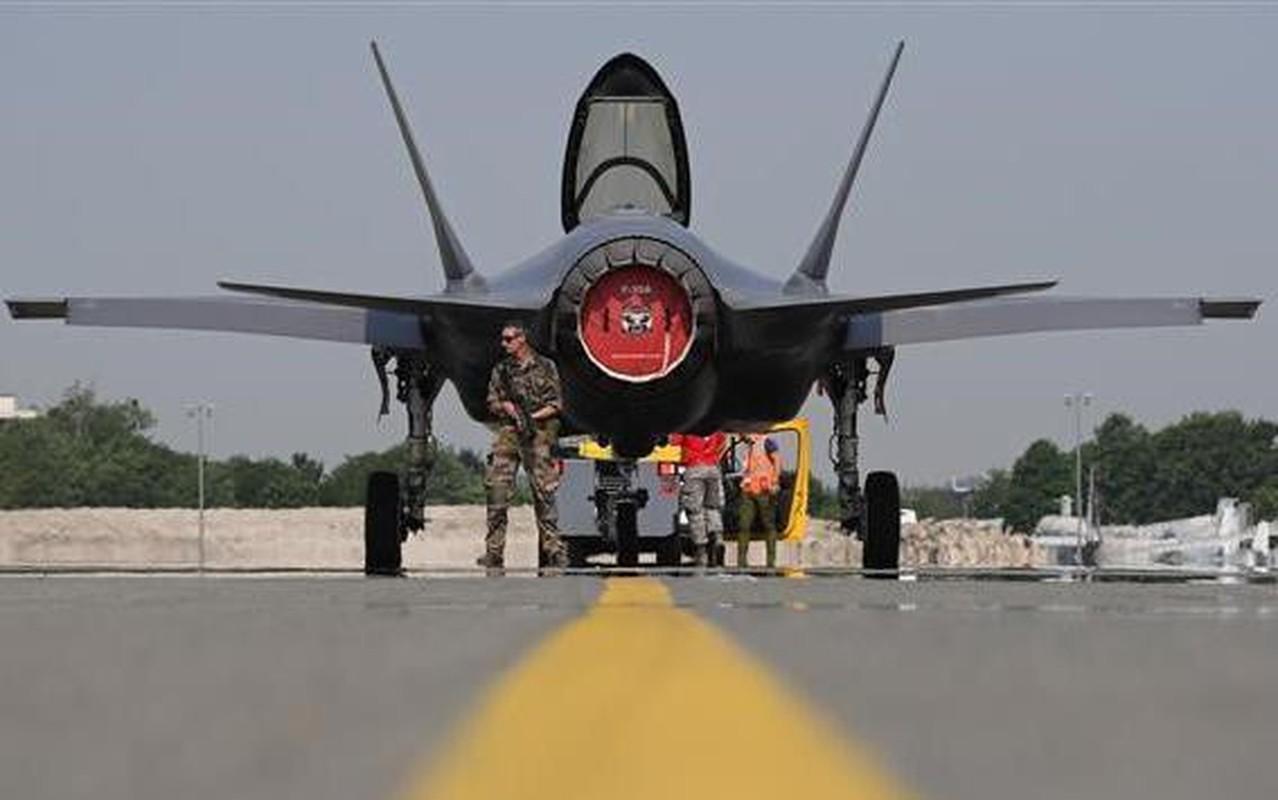 Bat ngo voi quoc gia vua bien che cung luc 30 tiem kich F-35-Hinh-16
