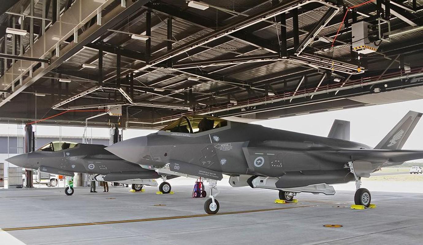 Bat ngo voi quoc gia vua bien che cung luc 30 tiem kich F-35-Hinh-3