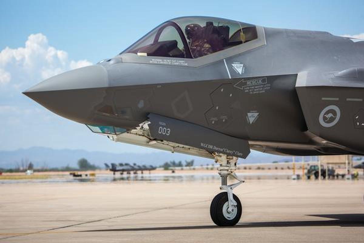 Bat ngo voi quoc gia vua bien che cung luc 30 tiem kich F-35-Hinh-8
