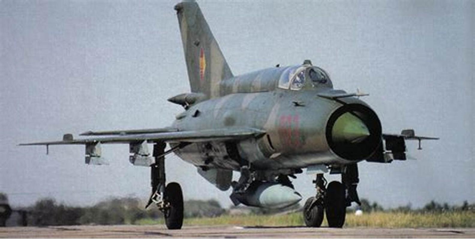 Bat ngo voi quoc gia vua mang 20 tiem kich MiG-21 ra ban dau gia-Hinh-5
