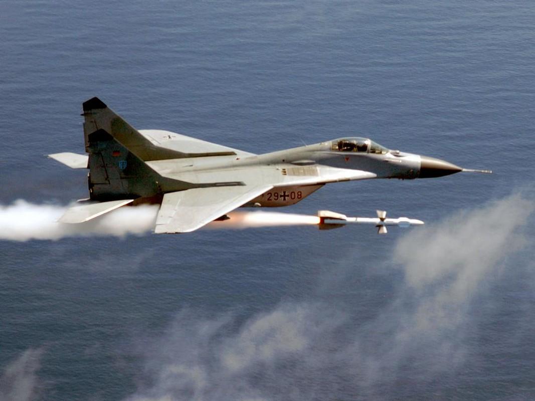 Ukraine rat muon mua tiem kich F-35 nhung chi du tien cho MiG-29-Hinh-12