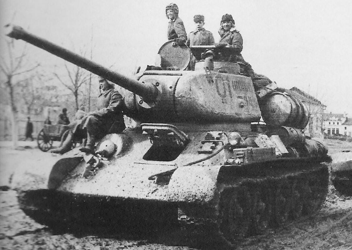 Bi mat dang sau so luong xe tang T-34 nhieu vo ke cua Lien Xo-Hinh-12