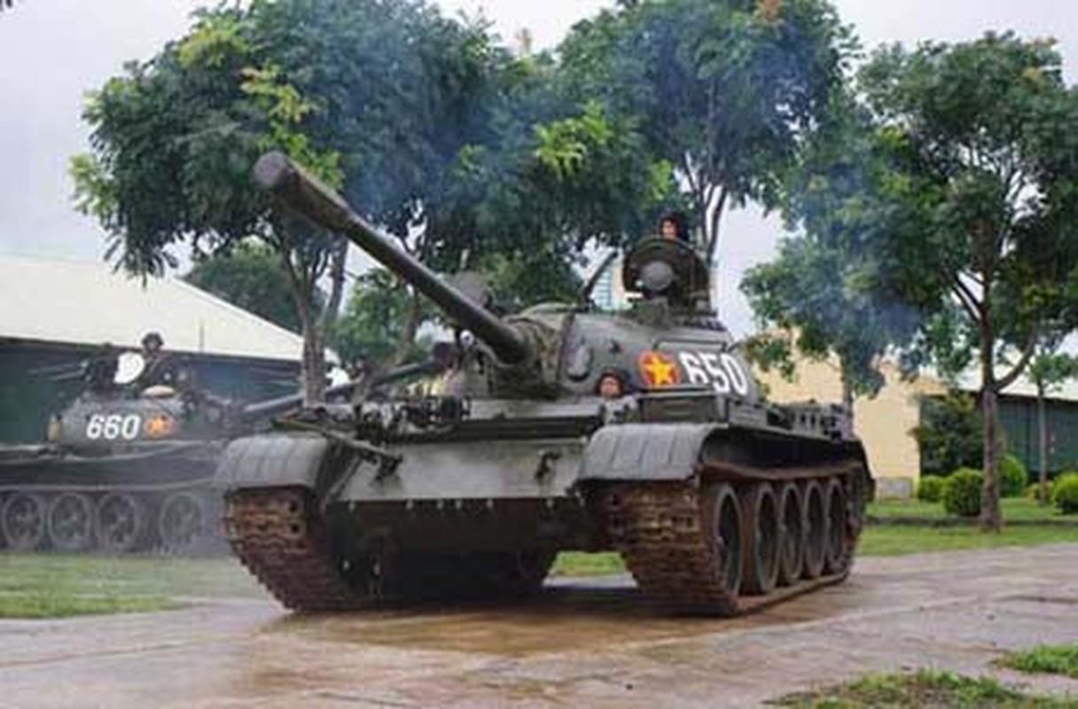 Xe tang T-55 Viet Nam can them gi de co the phong duoc ten lua?-Hinh-2