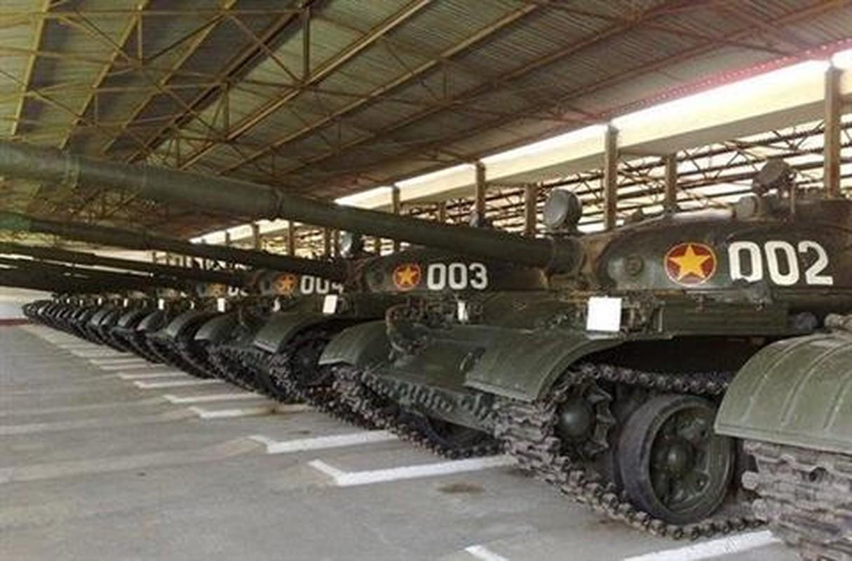 Xe tang T-55 Viet Nam can them gi de co the phong duoc ten lua?-Hinh-4