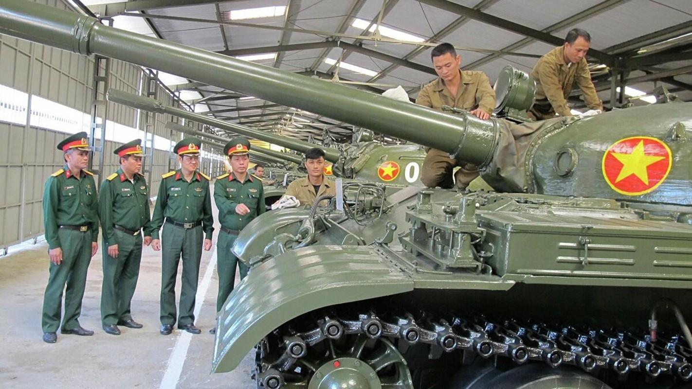 Xe tang T-55 Viet Nam can them gi de co the phong duoc ten lua?-Hinh-6