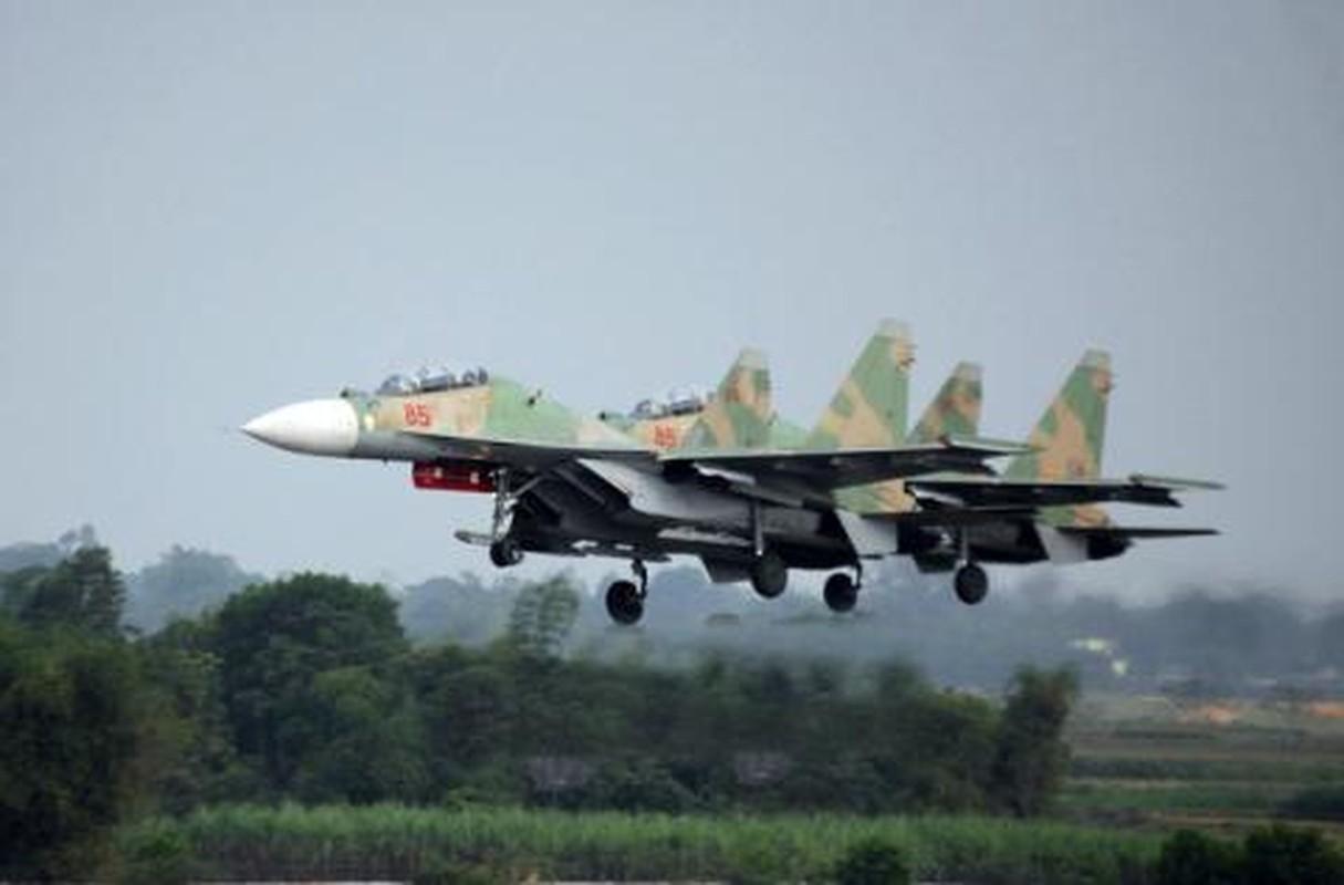 "Bao Nga goi tiem kich Su-30 cua Viet Nam la ""Vua Bau Troi"""