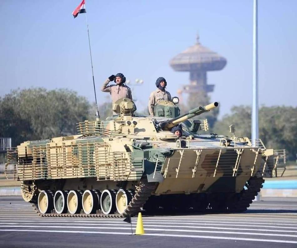Iraq duyet binh khung ky niem 100 nam thanh lap quan doi-Hinh-20