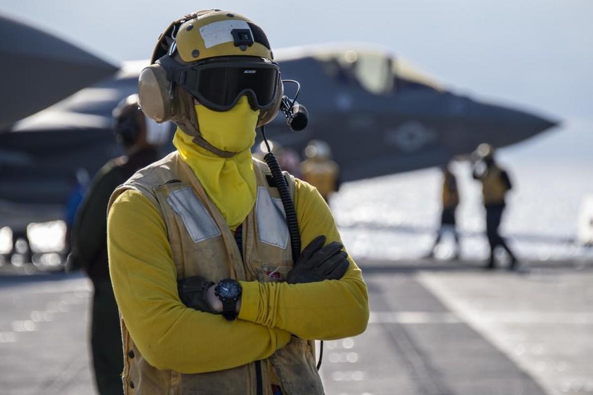 Tau do bo tan cong My cung tiem kich F-35B dien tap o bien Philippines-Hinh-10