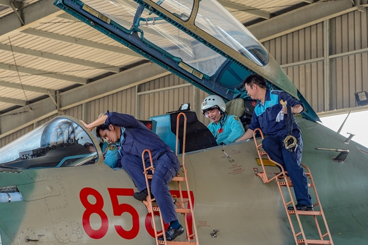 Hinh anh hiem tiem kich Su-30MK2 cua Viet Nam vuot buc tuong am thanh-Hinh-2