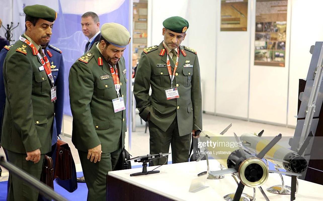 Dan phao thong minh Nga trong tay Iran