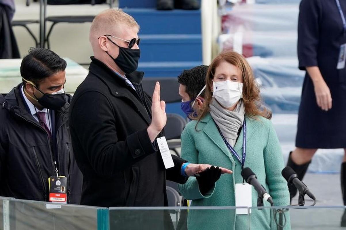 My dien tap le nham chuc cua Joe Biden ngay khi Doi Capitol con chua sua xong-Hinh-2