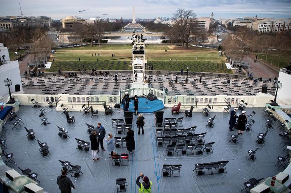 My dien tap le nham chuc cua Joe Biden ngay khi Doi Capitol con chua sua xong-Hinh-3