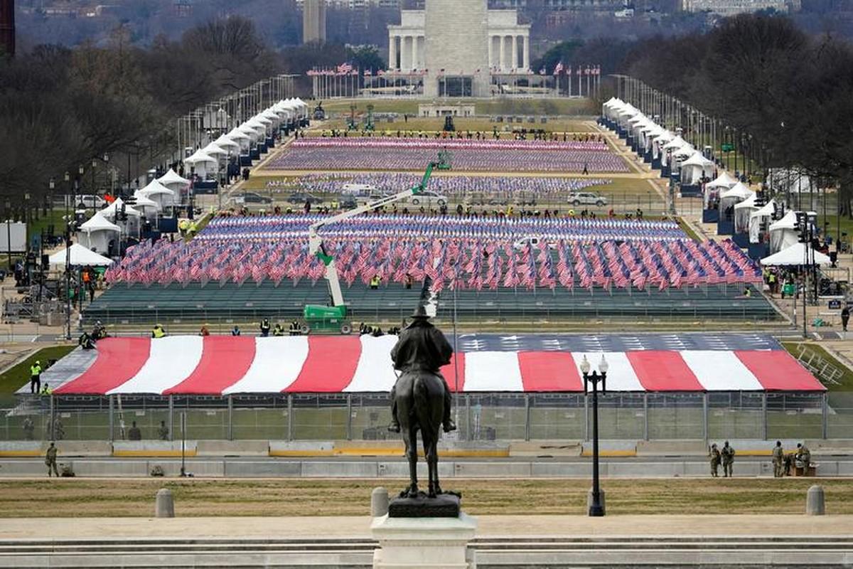 My dien tap le nham chuc cua Joe Biden ngay khi Doi Capitol con chua sua xong-Hinh-6