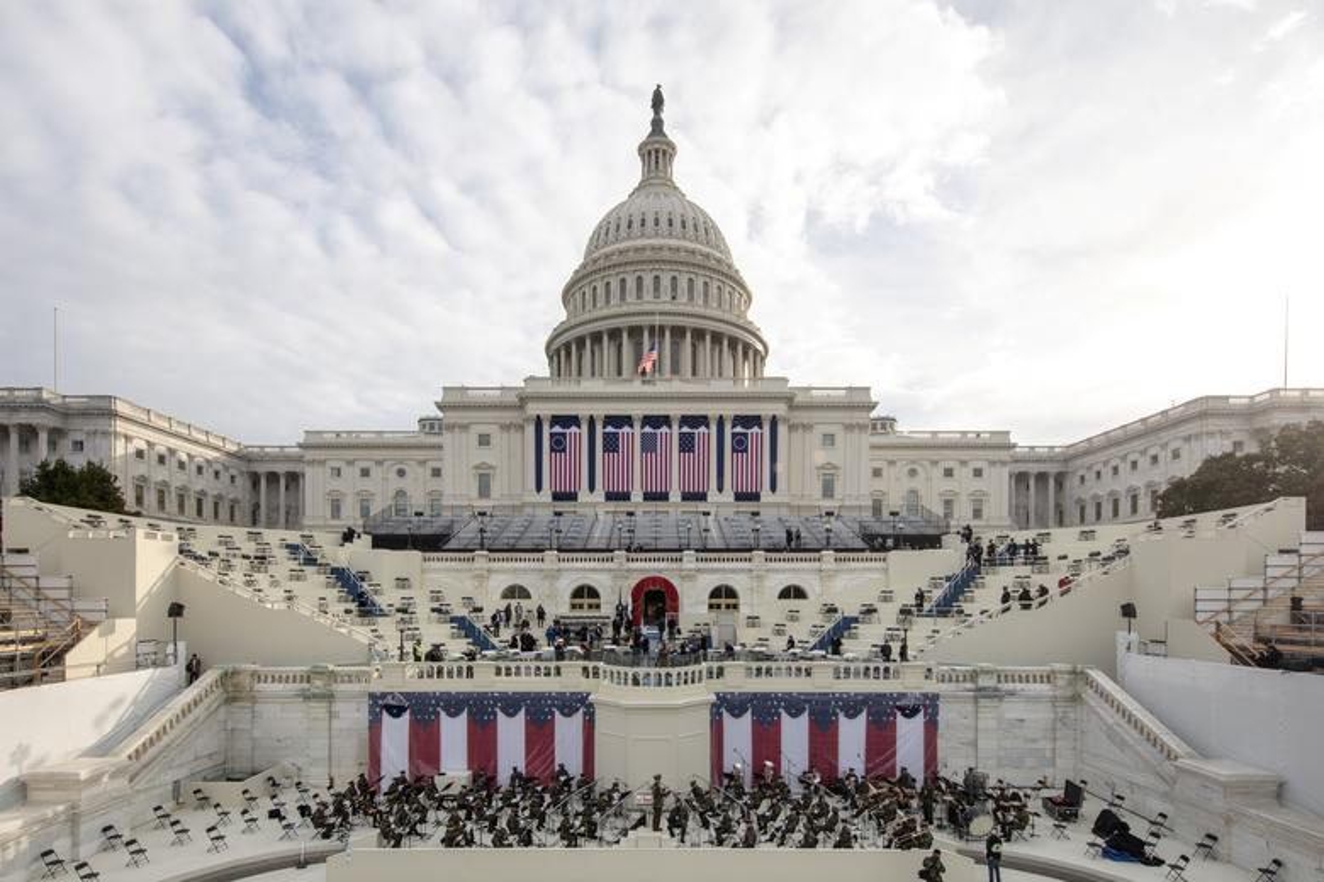 My dien tap le nham chuc cua Joe Biden ngay khi Doi Capitol con chua sua xong