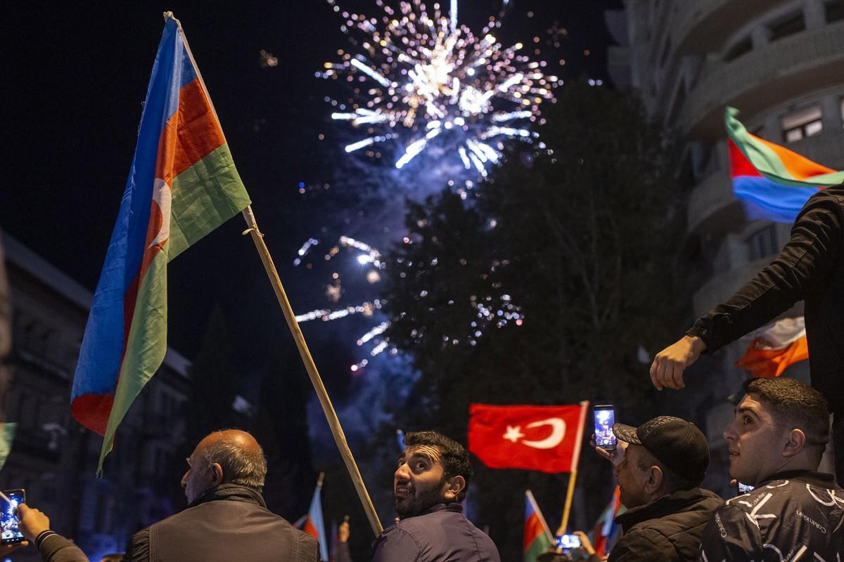 Nhung khoanh khac dau xe long sau cuoc xung dot giua Armenia va Azerbaijan-Hinh-14