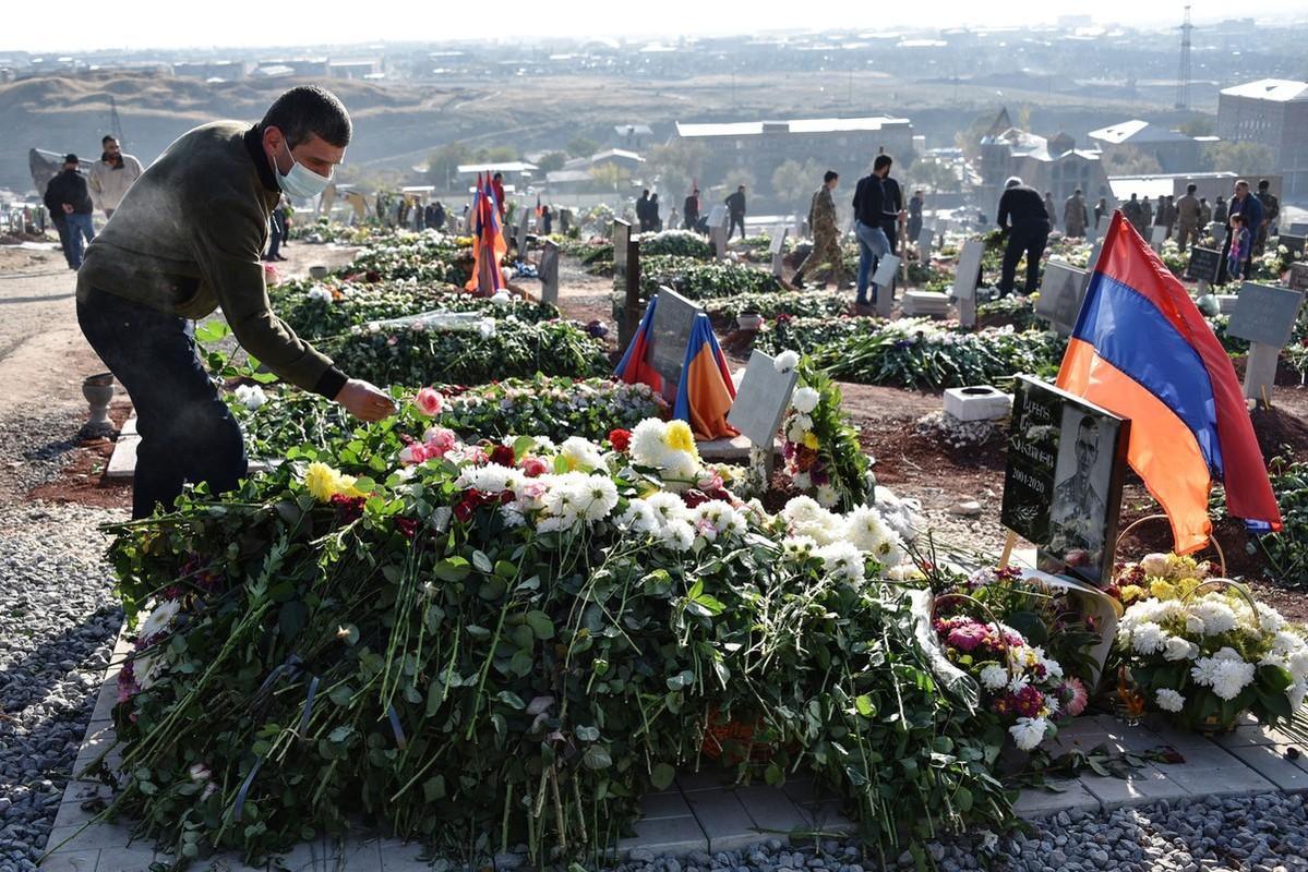 Nhung khoanh khac dau xe long sau cuoc xung dot giua Armenia va Azerbaijan-Hinh-16