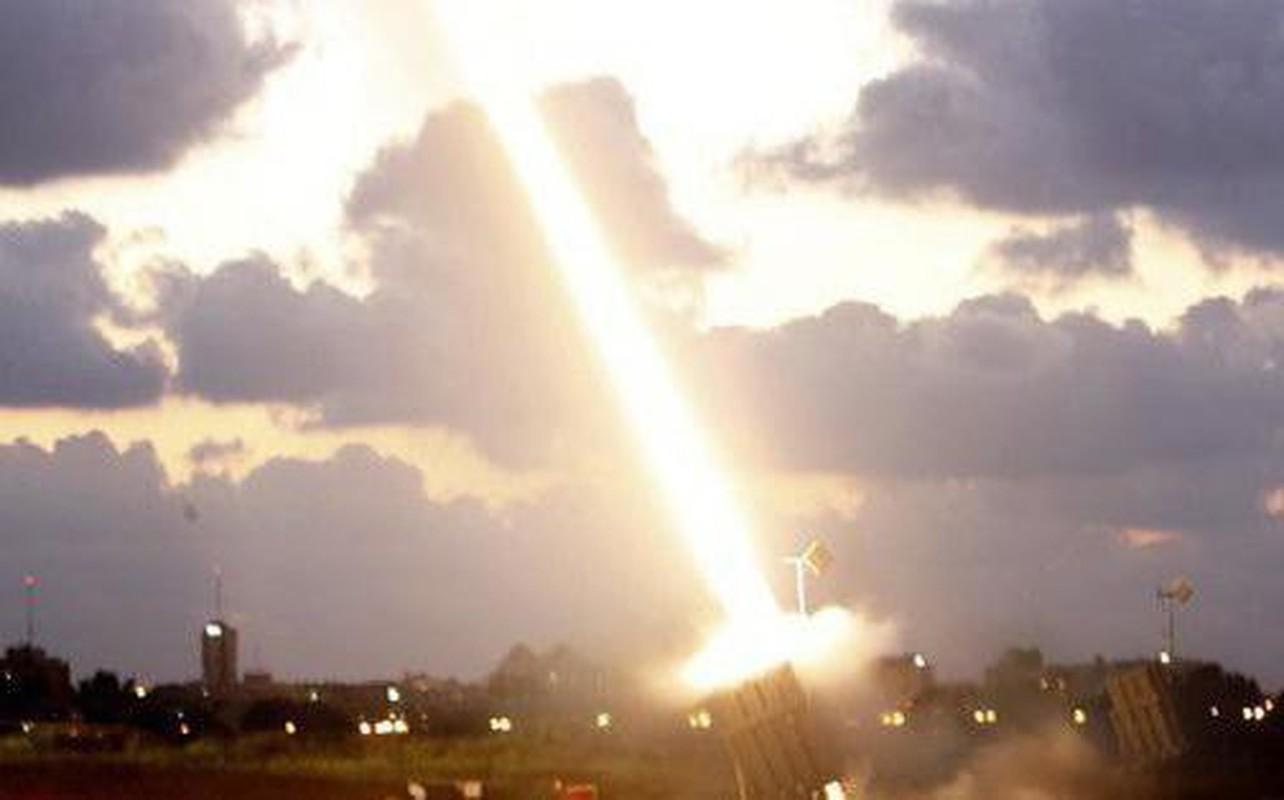 Israel bat ngo cho ra mat phien ban ten lua Vom Sat tren bien-Hinh-18